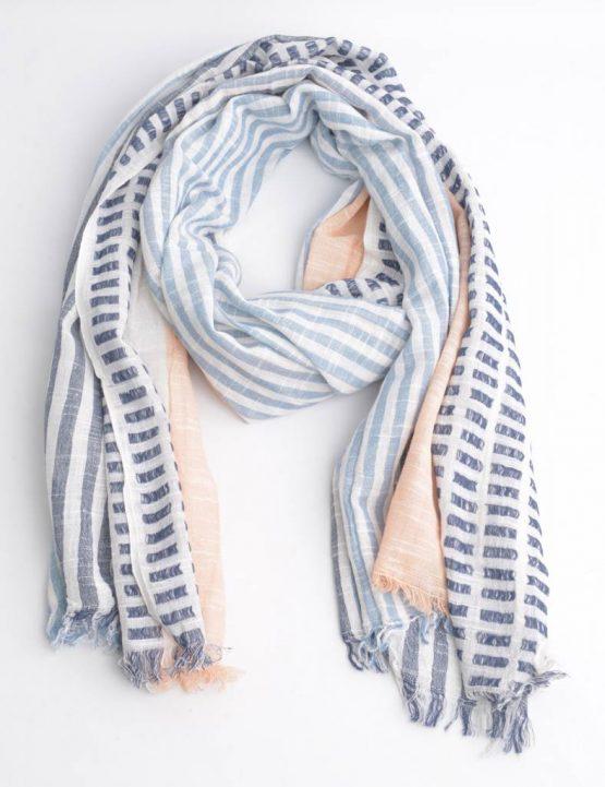 sjaal met verschillende vlakken