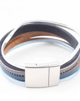 blauwe wikkelarmband met magneetsluiting