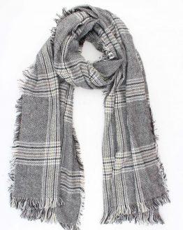 stoere zwart wit sjaal met rafels